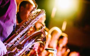 Generic-music-band-saxophone